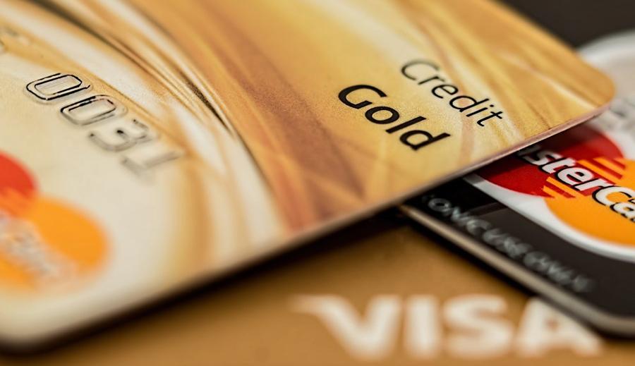 Paylater adalah fitur pembiayaan non-tunai dalam sebuah aplikasi, apa bedanya dengan kartu kredit?